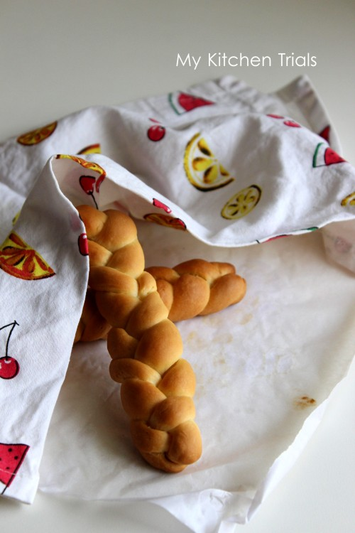 braided breadsticks