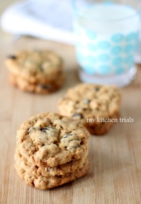 Oatmeal raisin soak cookies
