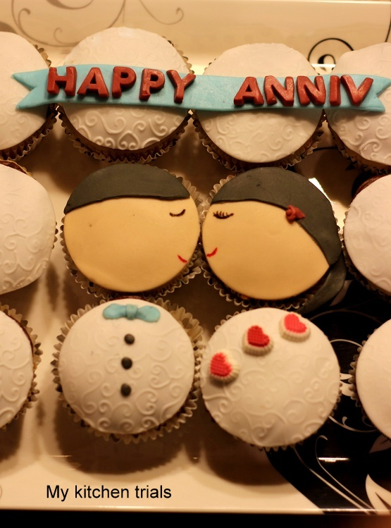 2couple_cupcakes