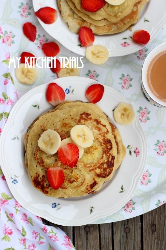 3banana_nutmeg_pancakes